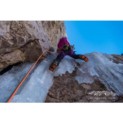 Tuotetta Arc'teryx - Women's AR 385a - Kiipeilyvaljaat koskeva kuva 2 käyttäjältä Erika
