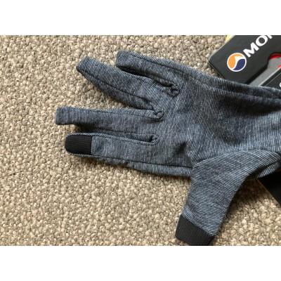 Tuotetta Montane - Primino 140 Glove - Käsineet koskeva kuva 1 käyttäjältä Edoardo