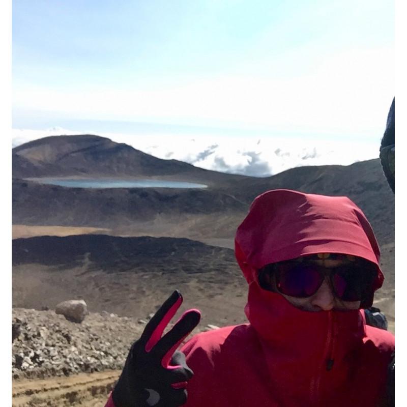 Tuotetta Arc'teryx - Alpha SL Jacket Women's - Sadetakki koskeva kuva 1 käyttäjältä Franziska