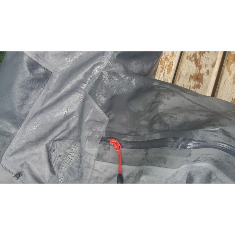 Tuotetta Arc'teryx - Beta LT Hybrid Jacket - Hardshelltakki koskeva kuva 1 käyttäjältä Lorenz