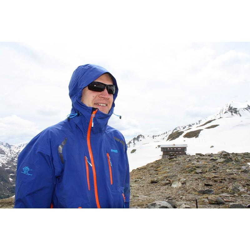 Tuotetta Bergans - Glittertind Jacket - Hardshelltakki koskeva kuva 1 käyttäjältä Robert