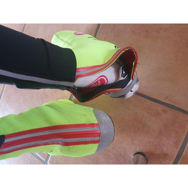 Tuotetta Castelli - Diluvio C Shoecover 16 - Kengänsuojukset koskeva kuva 2 käyttäjältä Noemi