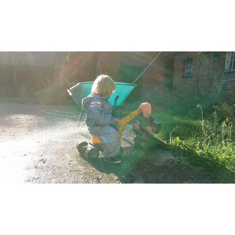 Tuotetta Ducksday - Kids Rain'n'Snowsuit - Haalarit koskeva kuva 1 käyttäjältä Kristine