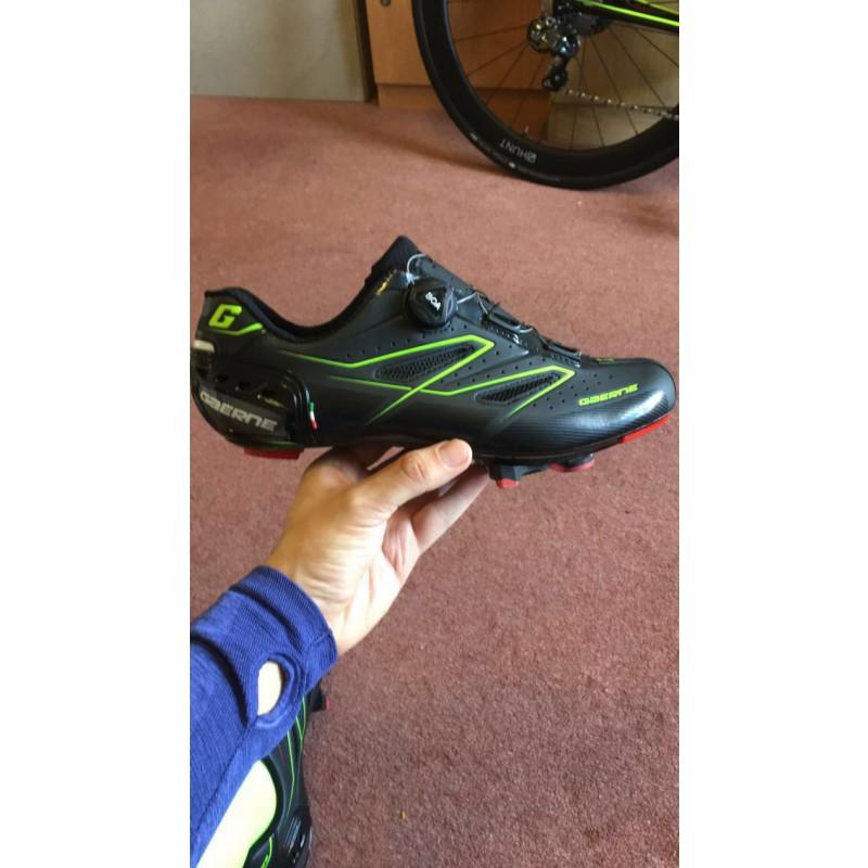Tuotetta Gaerne - Carbon G.Tornado - Pyöräilykengät koskeva kuva 1 käyttäjältä Chris