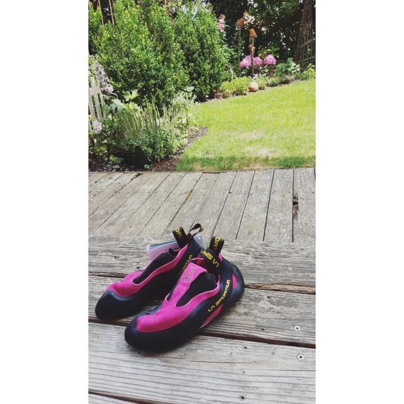 Tuotetta La Sportiva - Women's Cobra - Kiipeilykengät koskeva kuva 1 käyttäjältä lea wallner