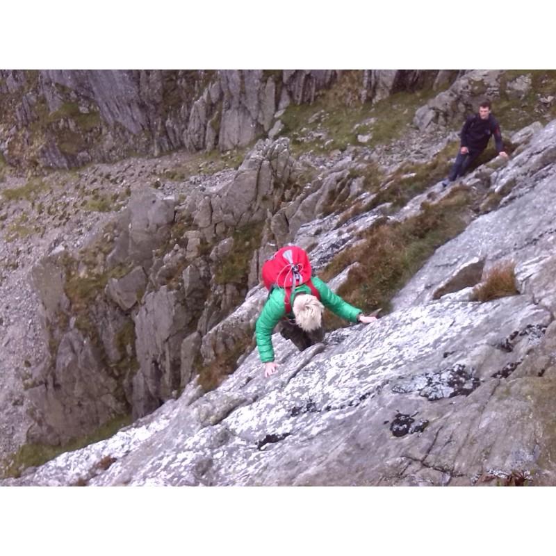 Tuotetta Lowe Alpine - Alpine Attack Lite 40 - Kiipeilyreppu koskeva kuva 1 käyttäjältä Caitlin