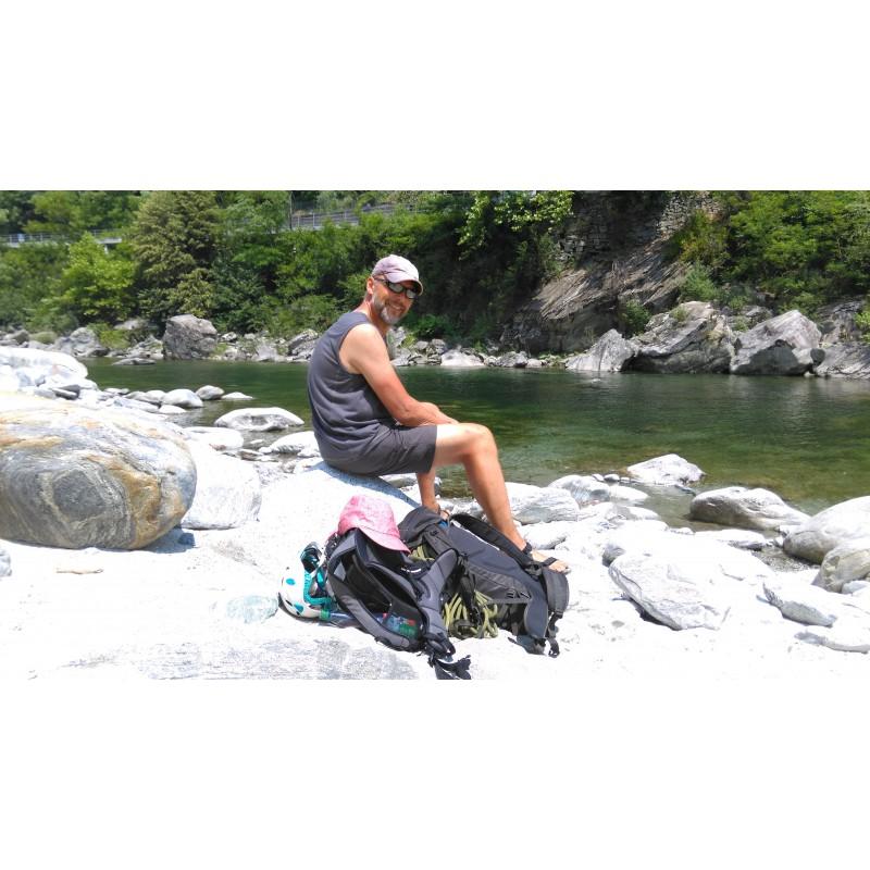 Tuotetta Lowe Alpine - Peak Ascent 32 - Kiipeilyreppu koskeva kuva 1 käyttäjältä Volker