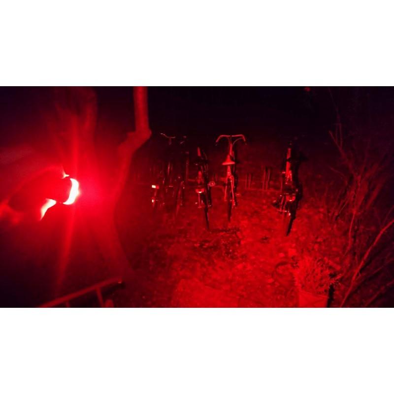 Tuotetta Lupine - Rotlicht 2W/160 Lumen - Punavalo koskeva kuva 1 käyttäjältä Janpeter