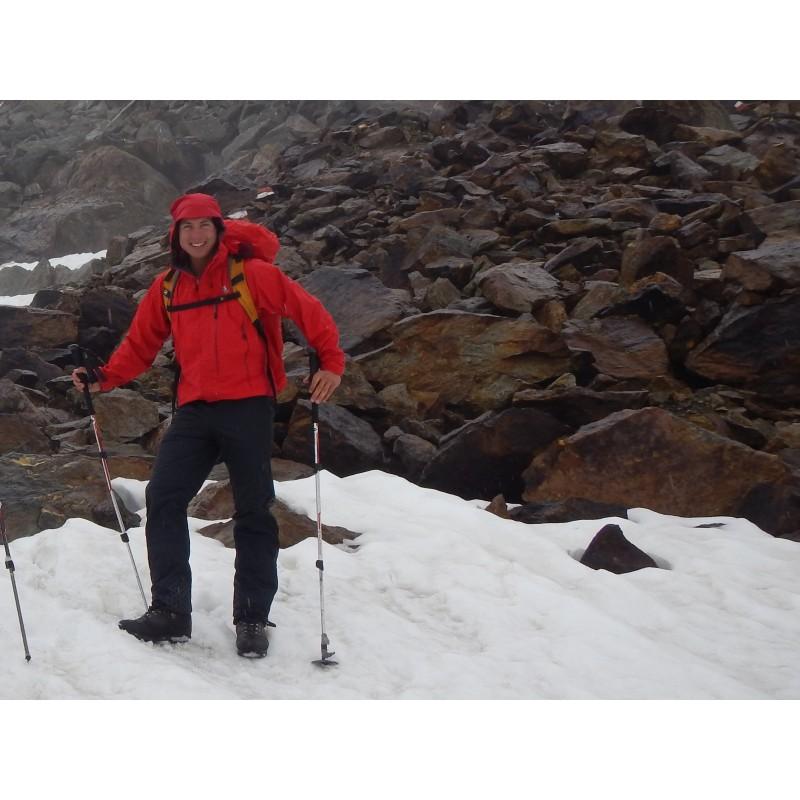 Tuotetta Mountain Equipment - Ogre Jacket - Hardshelltakki koskeva kuva 2 käyttäjältä Thomas