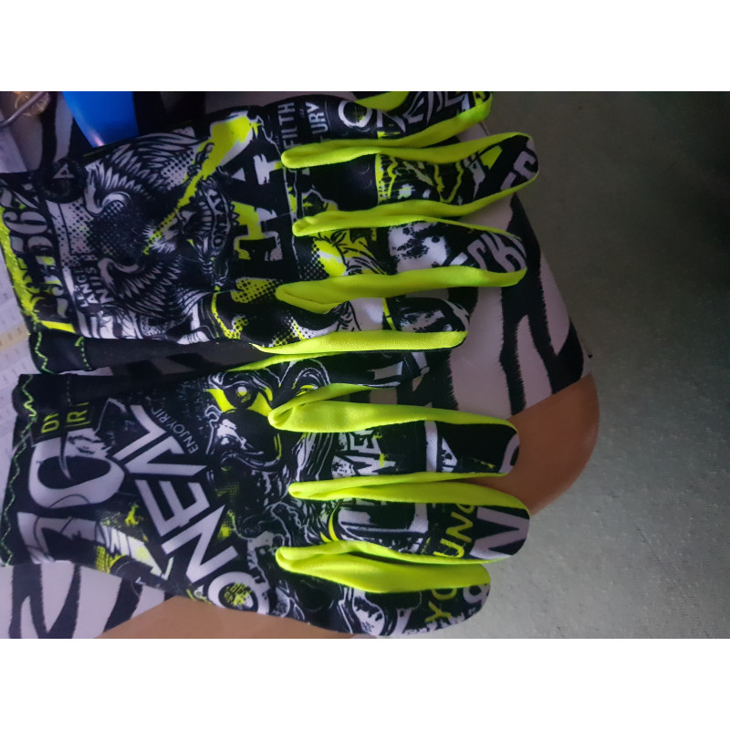 Tuotetta O'Neal - Matrix Glove - Käsineet koskeva kuva 1 käyttäjältä Sascha