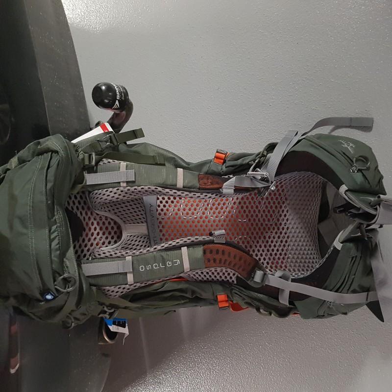 Tuotetta Osprey - Atmos AG 50 - Retkeilyreppu koskeva kuva 1 käyttäjältä alex