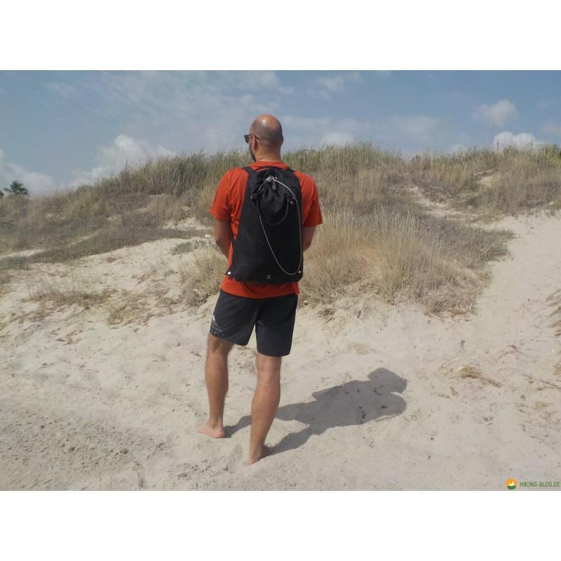 Tuotetta Pacsafe - Travelsafe X 25 - Arvoesineiden säilytyspussit koskeva kuva 2 käyttäjältä Jens